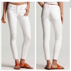 Vince Crop Skinny Ankle Jeans in White